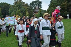 Святкова хода учасників фестивалю