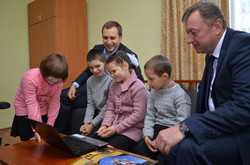 Н. Королевська на Львівщині відкрила дитячий будинок. Збудований за спонсорські кошти...