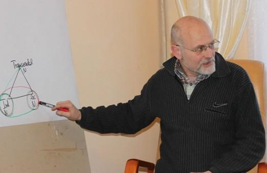 З демократами не по-християнські: Львівські митники не впустили до країни німецького політика