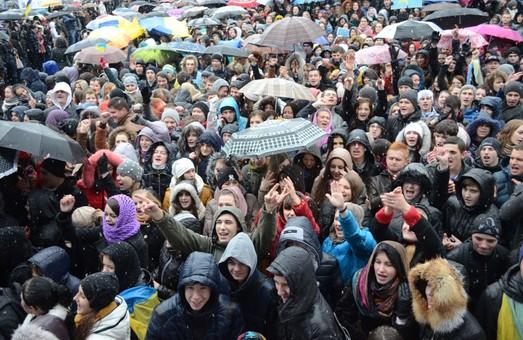 Студентам медуніверситету Львова погрожують відрахуванням за участь в мітингах