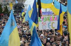 П'ятий день Євромайдану у Львові зібрав рекордну кількість студентів (ФОТОРЕПОРТАЖ)
