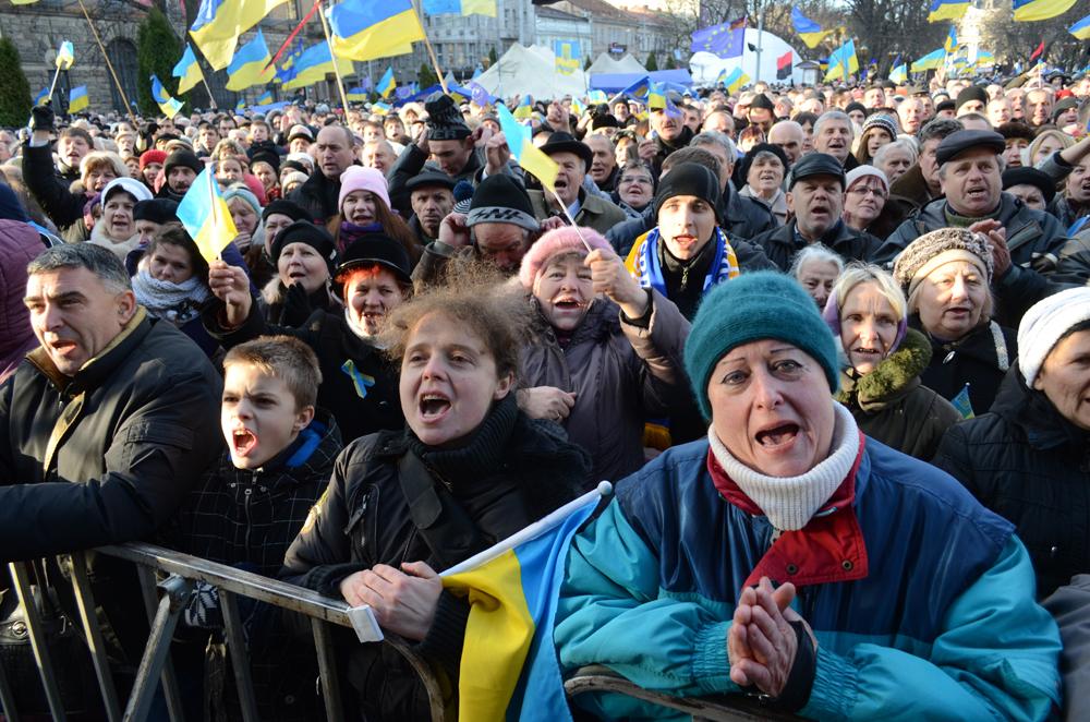 Украинский совок через львов на фоторепортаж