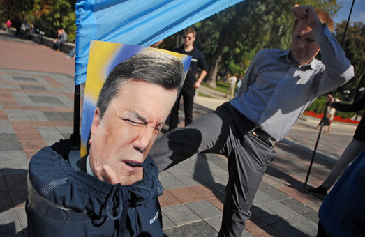 На Євромайдані у Львові повісять опудало Януковича