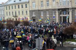 Вісті з барикад: у Львові євромайданівці пікетували прокуратуру проти репресій (ФОТО)