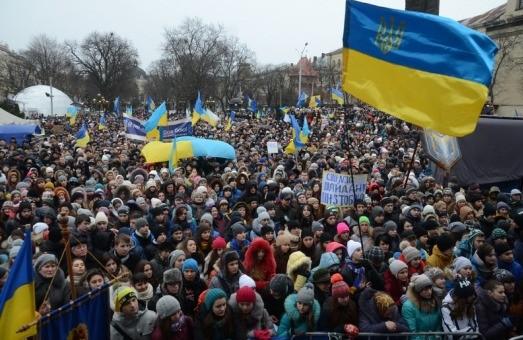 Львівський Євромайдан зібрав майже мільйон гривень пожертв