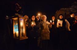 Львівському Євромайдану передали Вифлеємський Вогонь Миру