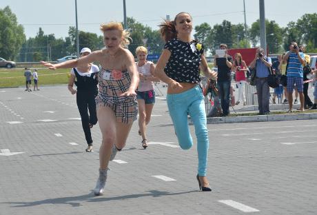 У Львові відбувся півфінал «Забігу на шпильках»