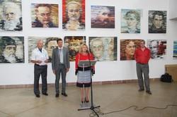 Тріумфальне повернення до Львова: Володимир Слєпченко представив виставку «Обрані часом»