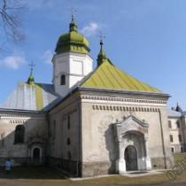Лаврівський монастир, один з найдавніших в Україні, перебуває на грані руйнації