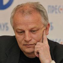 Народний депутат Степан Кубів невдало дебютував у вуличних боях з міліцією – оцінка деяких однопартійців
