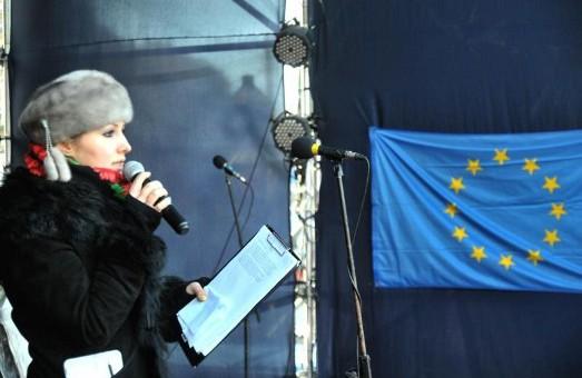 На сцені - «кадрові зміни» , але львівський Майдан живе та підтримує  головний Євромайдан країни
