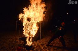 На Львівському Євромайдані розстріляли і спалили опудало лідера Компартії  (ФОТО, ВІДЕО)