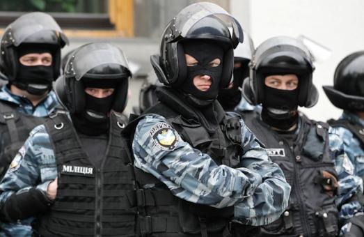 «Беркут», go home! Обласна рада вимагає від Рудяка відкликати львівських «беркутят» з Києва