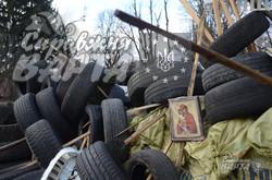 Барикади під Львівською ОДА ризикують розтанути через відлигу (ФОТО)