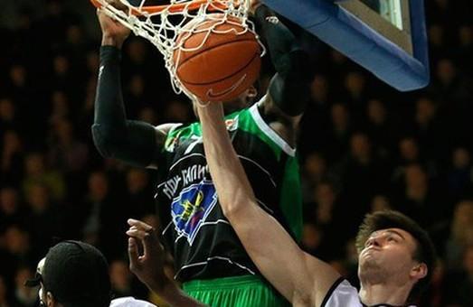 Баскетбол: «Політехніка» вдома легко розібралася з «Миколаєвом»