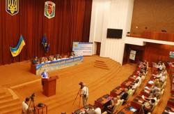 Полтавські державні службовці  намагаються уживатися з опозиціонерами