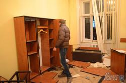 Гаряча лютнева ніч у Львові: захоплені прокуратура, МВС, СБУ ...