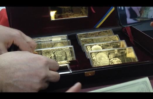 Неврятовані скарби Януковича або таємниці Межигір'я  (ФОТО)
