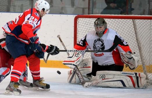 Хокей. У першому матчі плей-офф  «Леви» поступилися «Компаньйону»