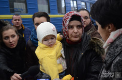 Львів прийняв перших татар-біженців з Криму (ФОТО)