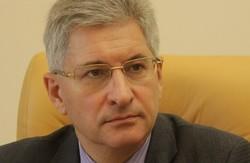 Гостинність по-львівськи. В честь нового прокурора готують шини та «коктейлі Молотова»