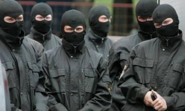 Представляючись «Правим сектором»  у Львові,  невідомі погрожують суддям