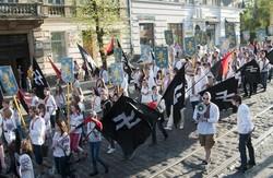 Попри загрозу провокацій у Львові все ж проведуть парад вишиванок
