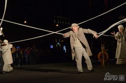 Театр «Воскресіння» показав вуличну виставу «Сни за Кобзарем» (ФОТО)