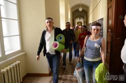 Стоматологи розпочали голодування під кабінетом мера Львова (ФОТО)