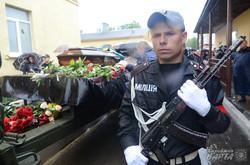У Львові попрощалися з загиблим під час АТО генералом Сергієм Кульчицьким (ФОТО)