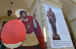 У Львові пожертви на допомогу військовим збиратиме Львівський лицар (ФОТО)