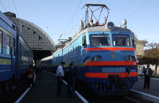 Масова евакуація через замінування вокзалу у Львові