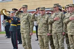 Президент Порошенко відвідав Академію Сухопутних військ у Львові (ФОТО)