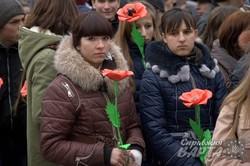 """У Львові пройшла тиха хода """"Ми збережемо Віру"""" (ФОТО)"""