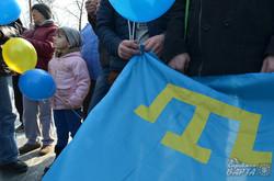 Кримчани-переселенці провели у Львові акцію «Крим – це Україна» (ФОТО)