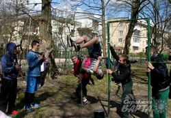 У рамках Urban Motion у львівських школах проводять майстер-класи з паркуру (ФОТО)