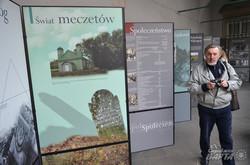 У Львові на виставці показали наслідки нацизму та комунізму на польській території (ФОТО)