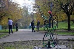До Дня Землі у Львові прибирали алеї Парку культури (ФОТО)