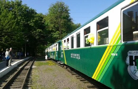На Львівській дитячій залізниці потяг зійшов з рейок