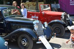 У Львові стартував фестиваль ретро-автомобілів «Leopolis Grand Prix 2015» (ФОТО)