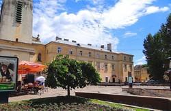 У Львові оновлять площу Митну за 6 млн.гривень