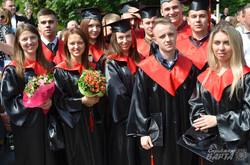 У Львівському медуніверситеті відбувся випуск лікарів (ФОТО)