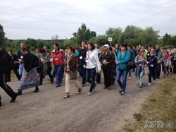 Зі Львова вирушила проща за мир до цілющого джерела в Новосілках (ФОТО)