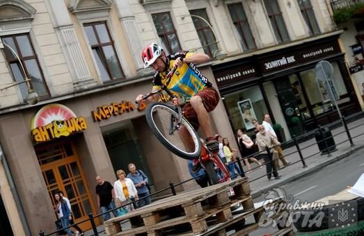 У Львові пройшов кубок Лева з велотріалу (ФОТО)