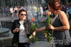 """У Львові стартував Соціальний Марафон Жіночності """"Леді в платті 21 день"""" (ФОТО)"""