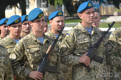 У Львові відкрили пам'ятний знак загиблим десантникам (ФОТО)