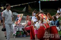 На благодійному ярмарку у львівському парку Культури збирали кошти на лікування онкохворої (ФОТО)