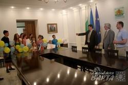 Півтора десятки дітей воїнів АТО вирушили на відпочинок до Болгарії (ФОТО)