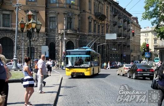 Багатостраждальний тролейбусний маршрут №13 обіцяють відновити у Львові вже післязавтра