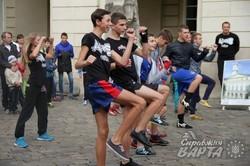 У самому серці Львові пройшла масова руханка за участі дітей та дорослих (ФОТО)